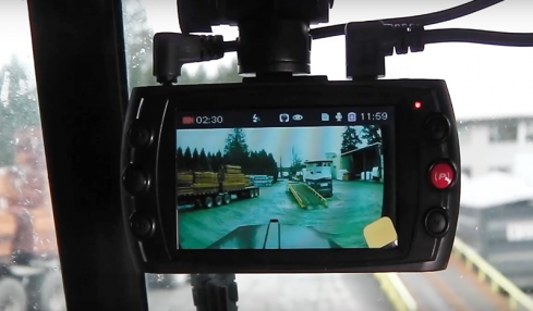 Best Dash Cams for Truckers